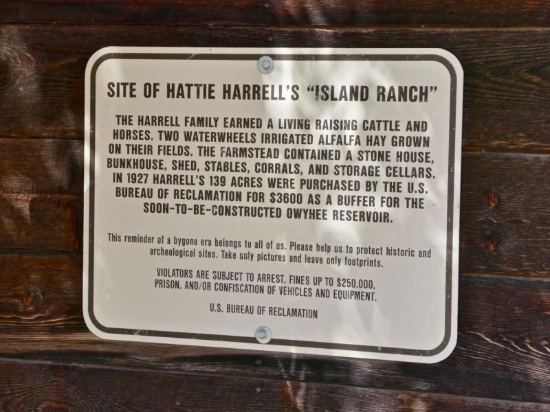Island Ranch sign